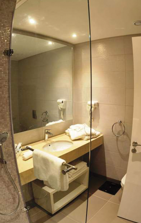 Golden Tulip Diplomate Hotel - Cotonou Benin